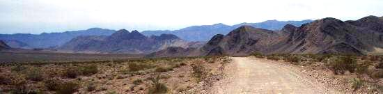 Driving to the racetrack, Death Valley